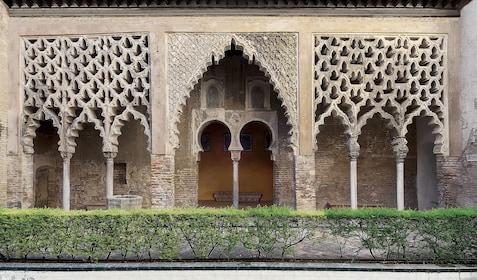 Patio del Yeso, Alcázar of Seville