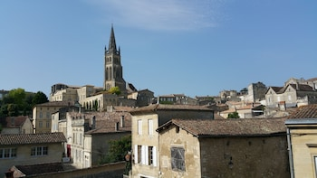 Private wine tour of Saint Emilion - Property and tradition