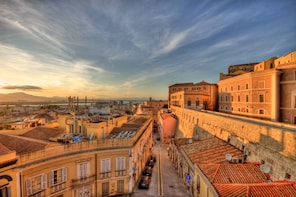 Cagliari Walking Tour with Food Tasting