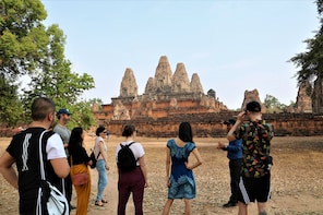 Banteay Srei and Big Circuit Temples Small Group Tour