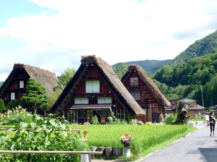 Hida Takayama & Shirakawa-go Day Trip