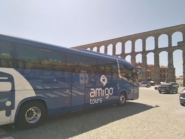 Bus in front of the Aqueduct of Segovia