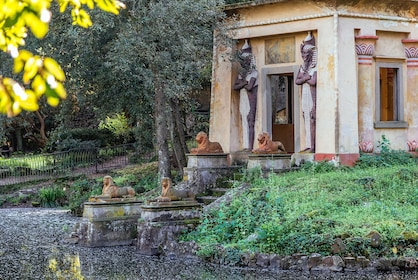 Egyptian-style building and garden in Florence