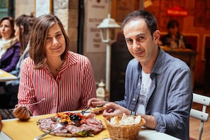 Private Italian Food Tour with 10 Tastings in Florence