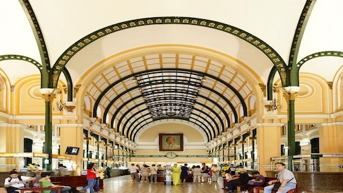 Ho Chi Minh City and Cu Chi Tunnels Full-day Group Tour