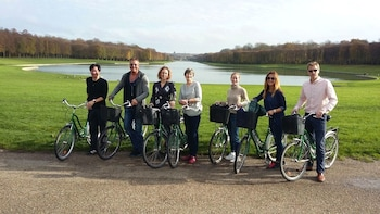 The Versailles Bike Tour Experience