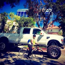 Beverly Hills + West Hollywood Celebrity Bike Tour
