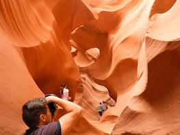 Antelope Canyon Small Group Tours from Las Vegas