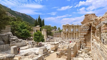 Full Day Ancient Ephesus Tour from Kusadasi - Small Group