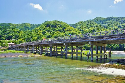 Full-Day Bus Tour to Arashiyama, Kyoto & Nara w/ Halal Lunch