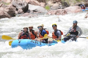 Rafting - Royal Gorge 1/2 Day