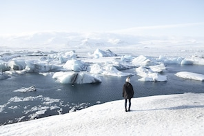 Glacier Lagoon (Jökulsárlón) Full Day Tour