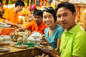 Private Vietnamese Food Tour with 10 Tastings in Saigon