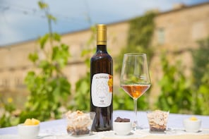 2-Hour Authentic Wine Tasting in Val di Noto from Marzamemi