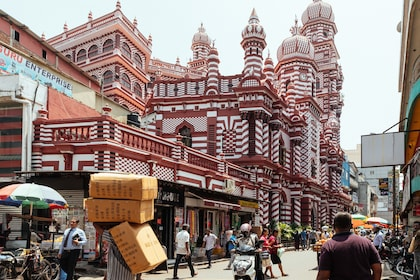 Historic mosque in Colombo