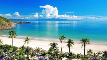 Private Full-Day Nha Trang Islands with BBQ Picnic