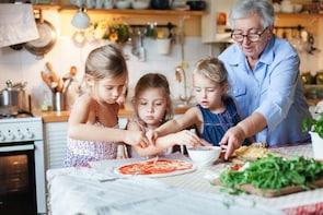 San Casciano dei Bagni: Hands-on Pasta & Pizza with a Local