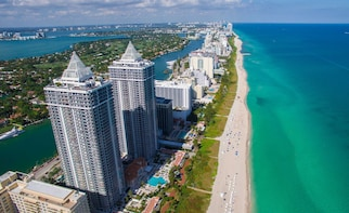 Private Helicopter Flight Over Miami With Transport