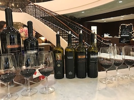 Beverly Hills Wine Tours: Gourmet Lunch & Wine Tastings