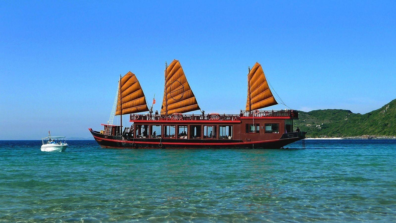 Boat in Nha Trang
