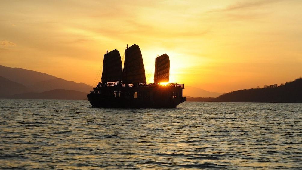 Dinner cruise at sunset in Nha Trang