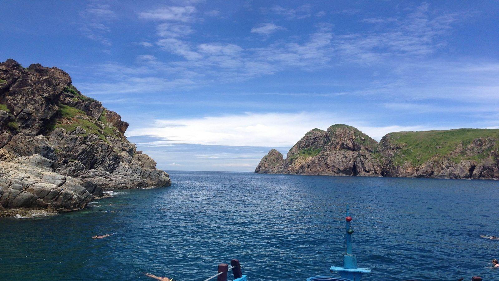Rocky coast of Nha Trang
