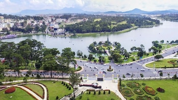Full Day Dalat Craft Village Tour
