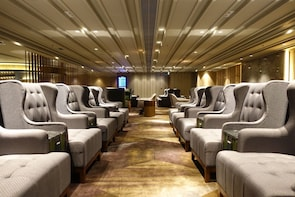 Plaza Premium First at Hong Kong International Airport (HKG)