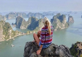 Halong 5 hours cruise - the best journey to visit Halong Bay