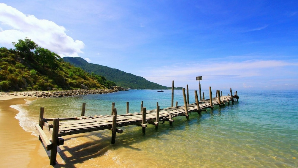 Dock on beach on Hon Thom Island