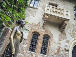 """""""Verona in Love"""" Walking Tour for Small Groups"""