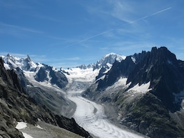 Chamonix Mont-Blanc & Mountain train from Geneva