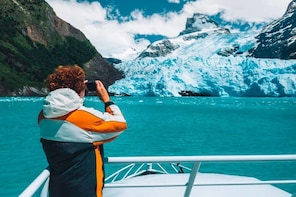 Glaciers Gourmet Experience Cruise