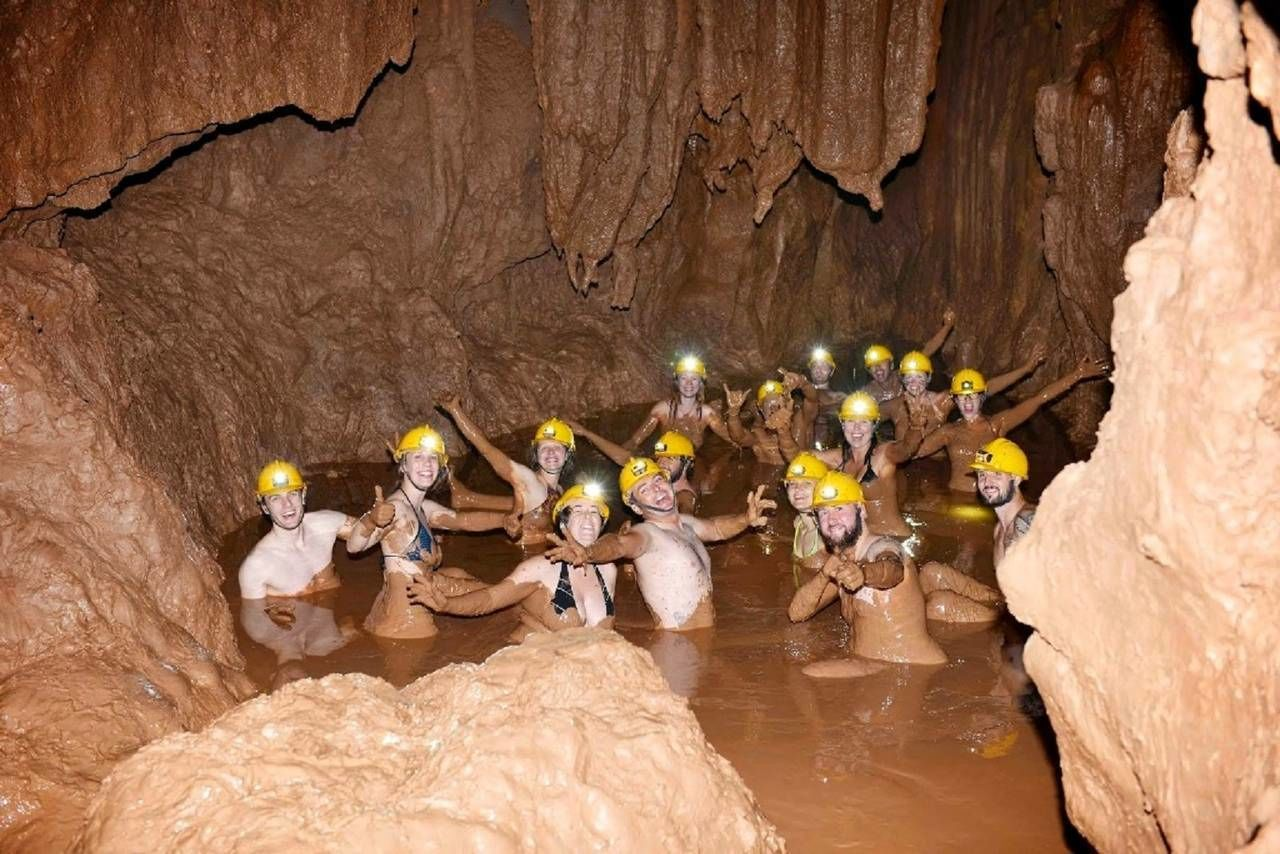 Paradise Cave & Dark Cave Full Day Tour (Phong Nha- Ke Bang)