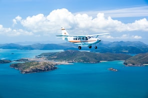 Premium Fly and Cruise Whitsundays Package