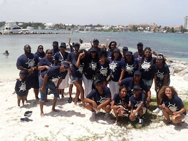 Group tour of the Bahamas