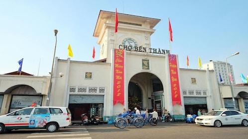 B?n Thành Market in Ho Chi Minh City, Vietnam