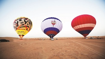 Dubai Hot Air Balloon tour with Gray Line