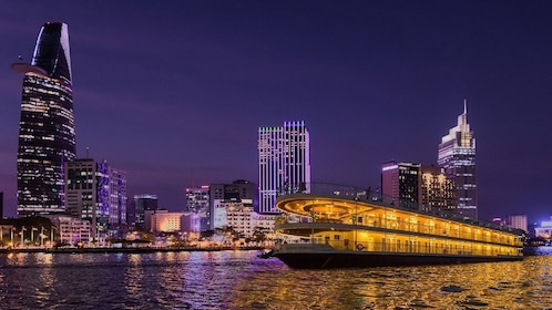 Luxury cruise in Ho Chi Minh City by night