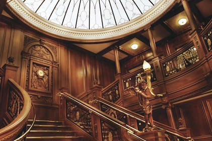 TITANIC Grand Staircase built to scale