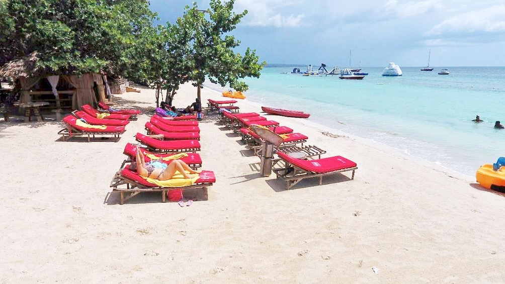 Show item 4 of 10. White sandy beaches of Negril
