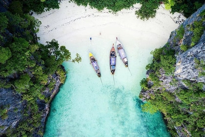 Aerial view of boats on Bamboo Island