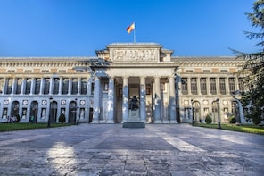 Madrid in a Day: Early Entry Royal Palace,Wine, Prado Museum