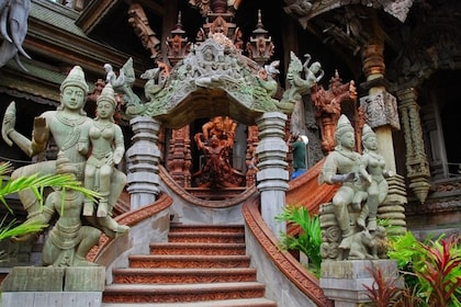 Statues at the Sanctuary of Truth in Pattaya