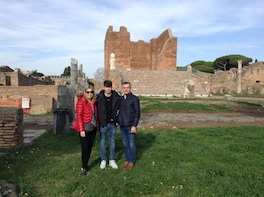 Ostia Antica Guided Tour Including the Ancient Theater