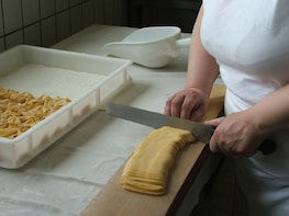 Barolo: Cooking Class in a Farmhouse in Piedmont Langhe
