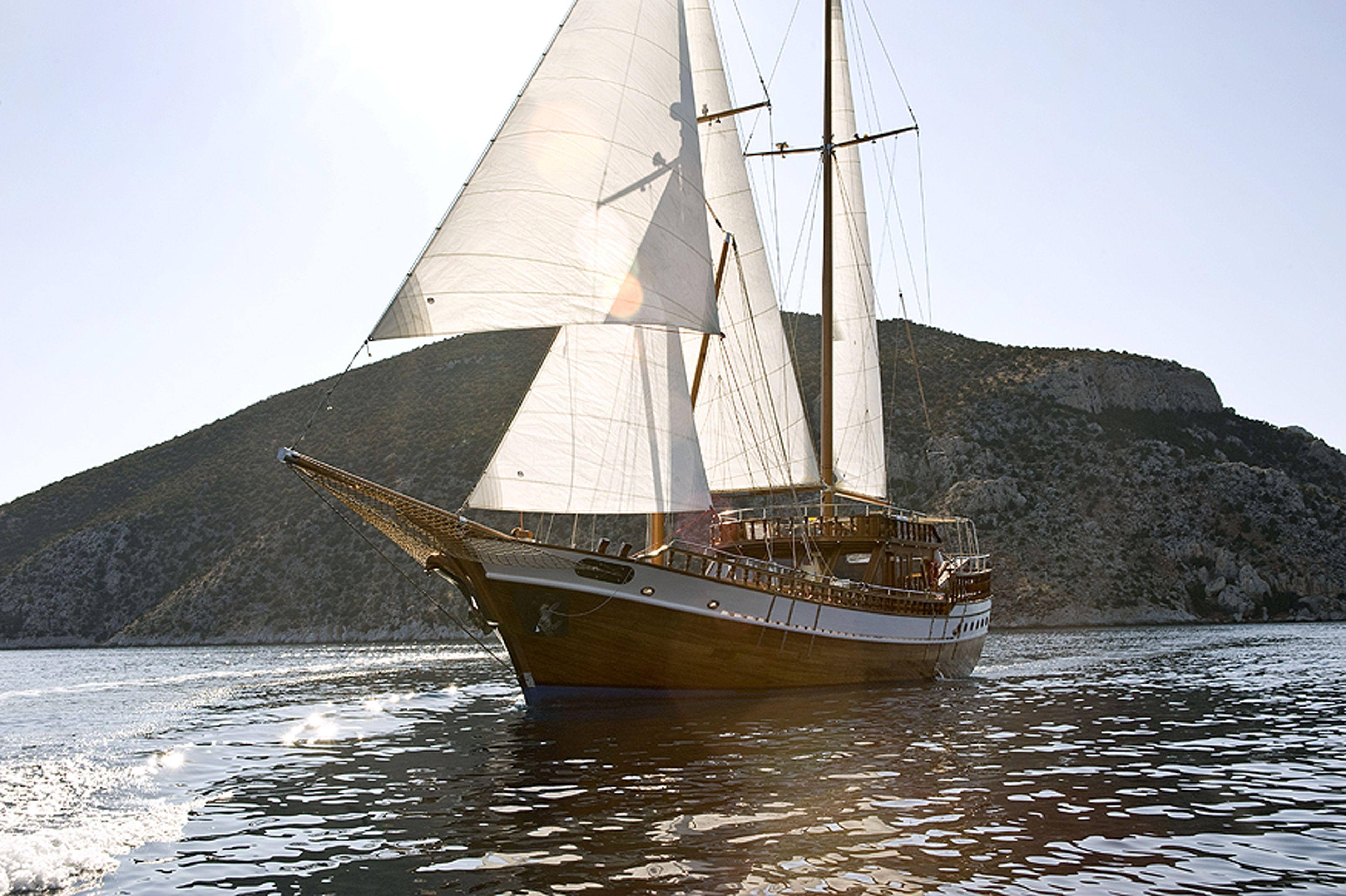 Full Day Tour & Sailing to Agistri,Moni & Aegina from Athens