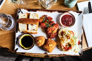 London. Eat 8 foods & See 30+ sights!