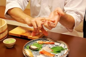 Private Sushi-Making and Lunch in Ginza