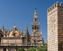 Combo: Skip-the-Line & tour Alcázar and Cathedral of Seville